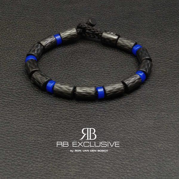 Carbon armband SPORT collectie model Azzurro- RB EXCLUSIVE handgemaakte carbon sieraden en accessoires van Nederlandse bodem