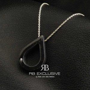 Diamant sieraad hanger model Ovale met een collier van zilver by RB EXCLUSIVE