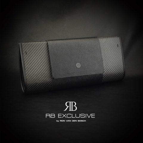 Pre Diamond Clutch handgemaakt van carbon en leder by RB EXCLUSIVE