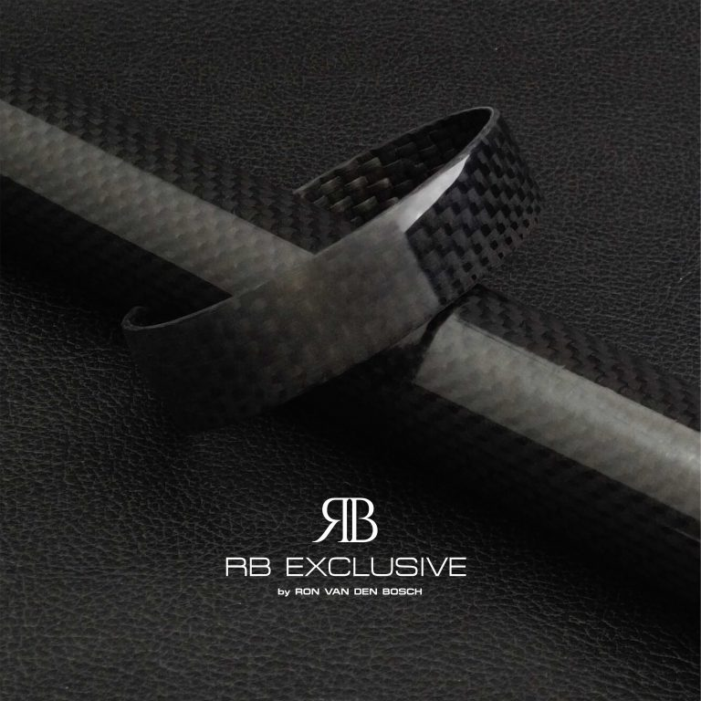 Carbon Armband Stilo 1 by RB EXCLUSIVE