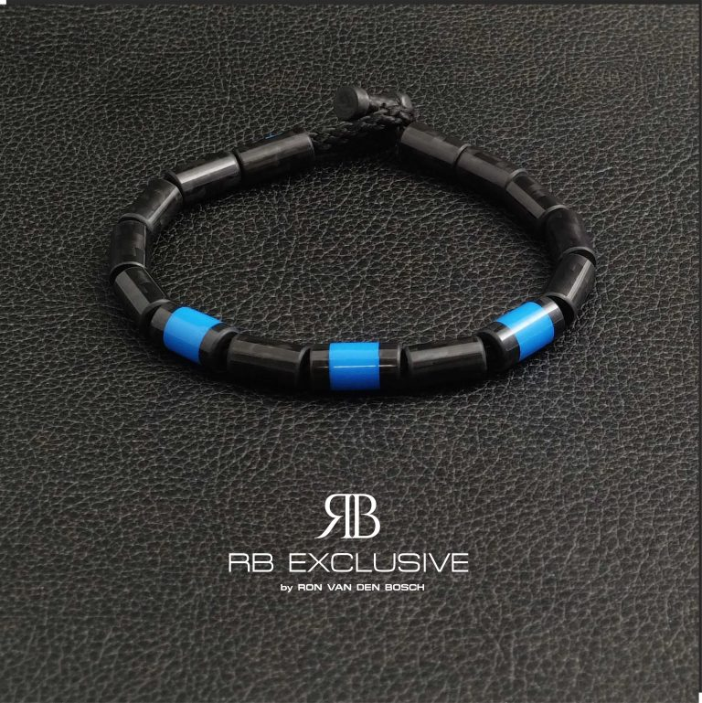 Carbon Armband Blue Tre