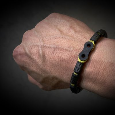 Carbon Armband Chain Looks