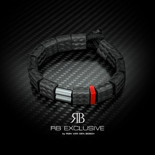 Carbon Armband Power On