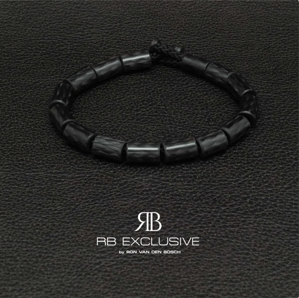 Carbon armband Black by RB EXCLUSIVE