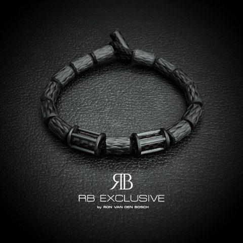 Carbon armband Sora