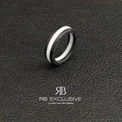 Carbon ring Bianco
